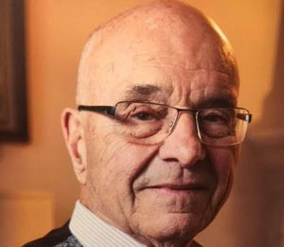 New Canaan: Resident Laszlo Papp has received the Lifetime Achievement Award. Laszlo Papp