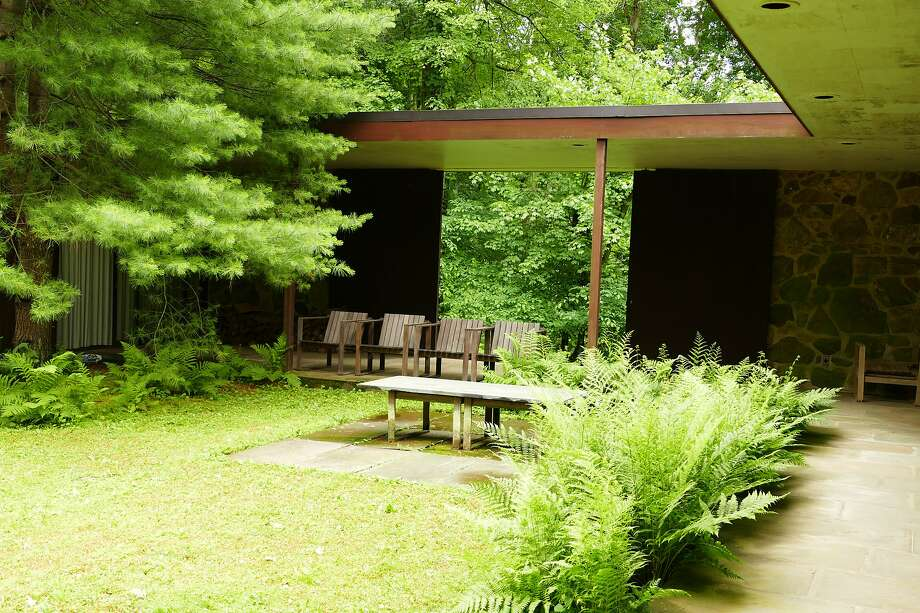 The Eliot Noyes house is an example of the mid-century modern homes. The house consists of two main buildings connected by an open-air courtyard. The architect's son Fred Noyes gave an informal tour of the iconic house on June 21, 2019. Photo: Grace Duffield, Hearst Connecticut Media
