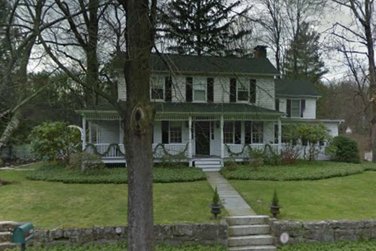 A house at 229 White Oak Shade Road in New Canaan, Connecticut sells for $1,350,000 Photo: Google Street View