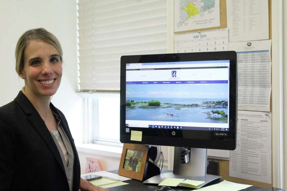 Operations Director Sara Harris gave a preview of the new town website on Tuesday. Taken June 28, 2019 in Westport, CT. Photo: Lynandro Simmons/Hearst Connecticut Media