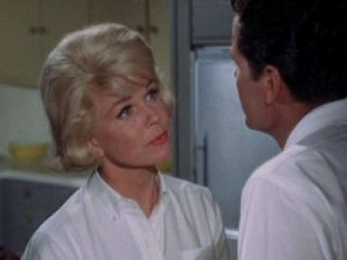 Doris Day in The Thrill of It All.