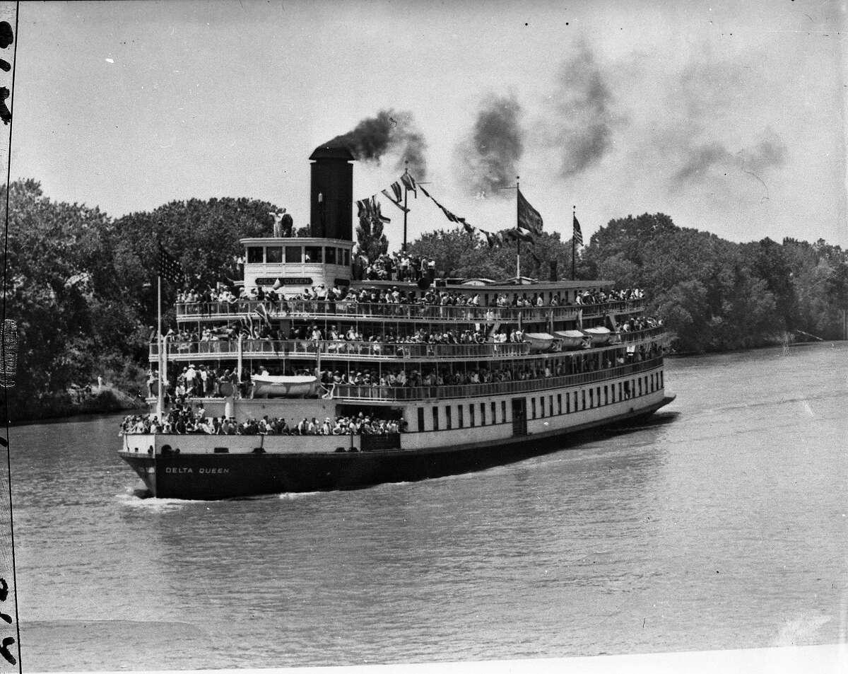 The Delta Queen on the Sacramento River , October 19, 1948