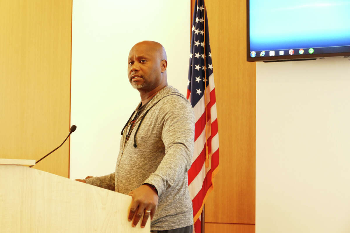 Ted Thomas of the New England Academy of Dance spoke to the Board of Selectmen about renting out the Town Hall Annex in New Canaan Town Hall, May 21, 2019. Grace Duffield / Hearst Connecticut Media