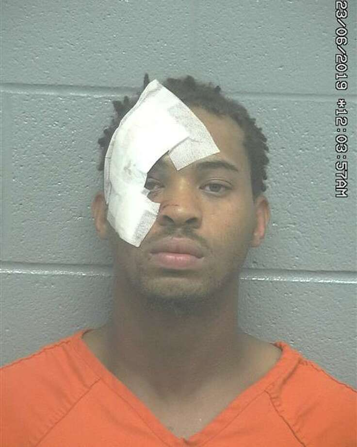 Dartavious Fowler, 25, was arrested Friday on an attempted murder charge, according to court documents. Photo: Midland County Sheriff's Office