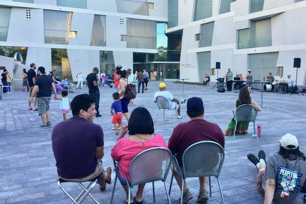Brown Plaza comes alive with music, dance Friday