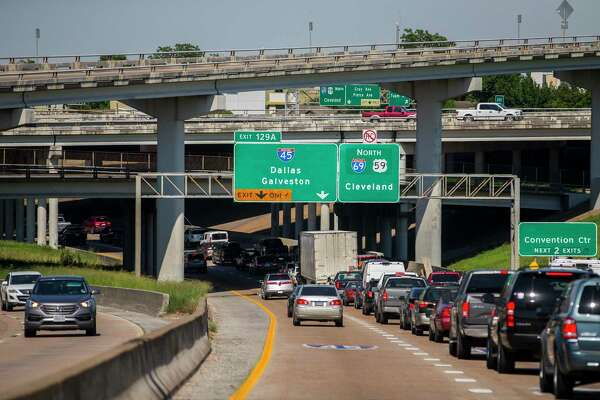 Houston commuters waste 75 hours a year in traffic, study