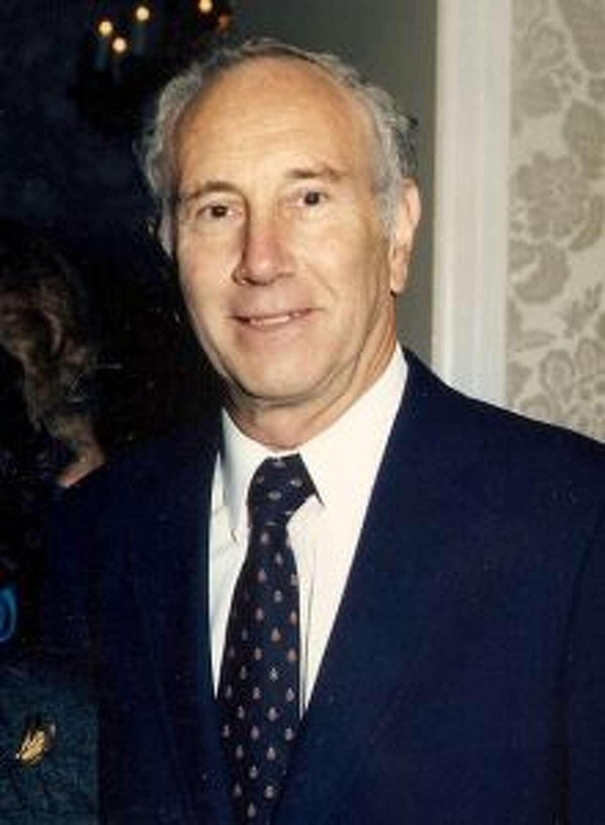 Dr. Leonard Green