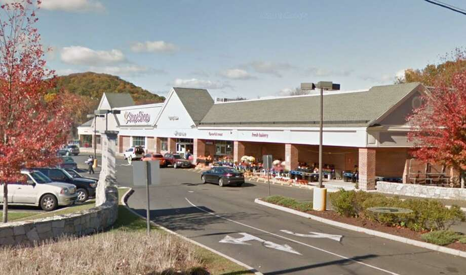 Stop & Shop at 25 Route 39 in New Fairfield, Conn. Photo: Google Maps / Google