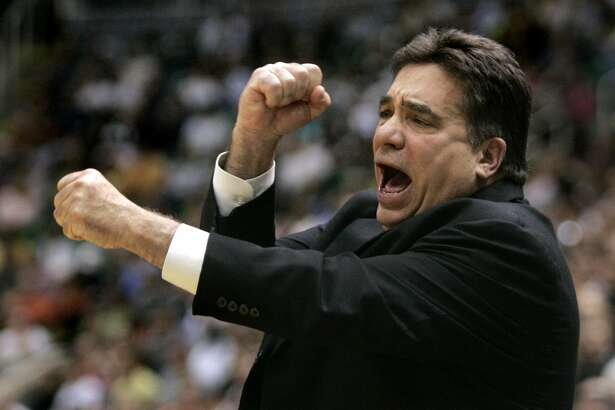 Memphis Grizzlies coach Tony Barone yells at a referee during the second quarter of an NBA basketball game against the Utah Jazz, Saturday, March 24, 2007, in Salt Lake City. (AP Photo/Douglas C. Pizac)