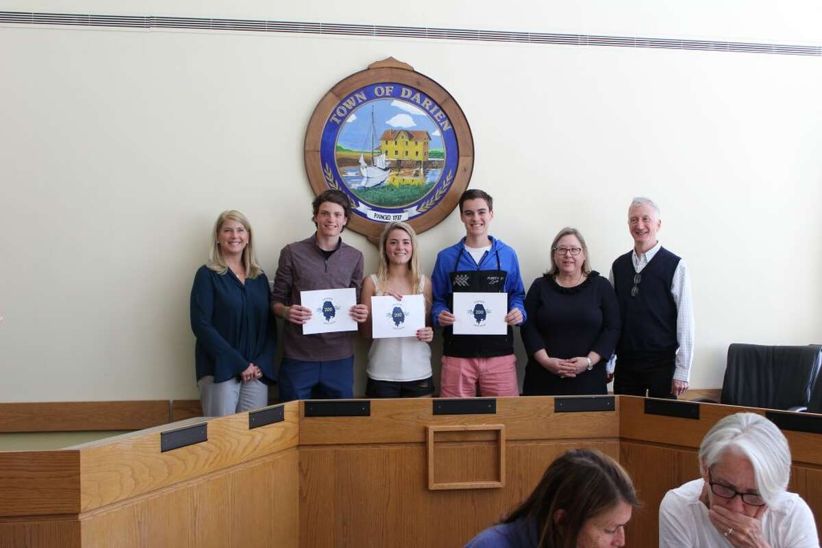 First Selectman Jayme Stevenson, Charlie Callery, Kelly Niederreither, Will Harmon, all juniors at Darien High School, 2020 Bicentennial Committee Youth Chair Sarah Lexow Keena and 2020 Bicentennial Committee Chairman Alan Miller. - photo courtesy Maggie McIntire of the Darien Historical Society