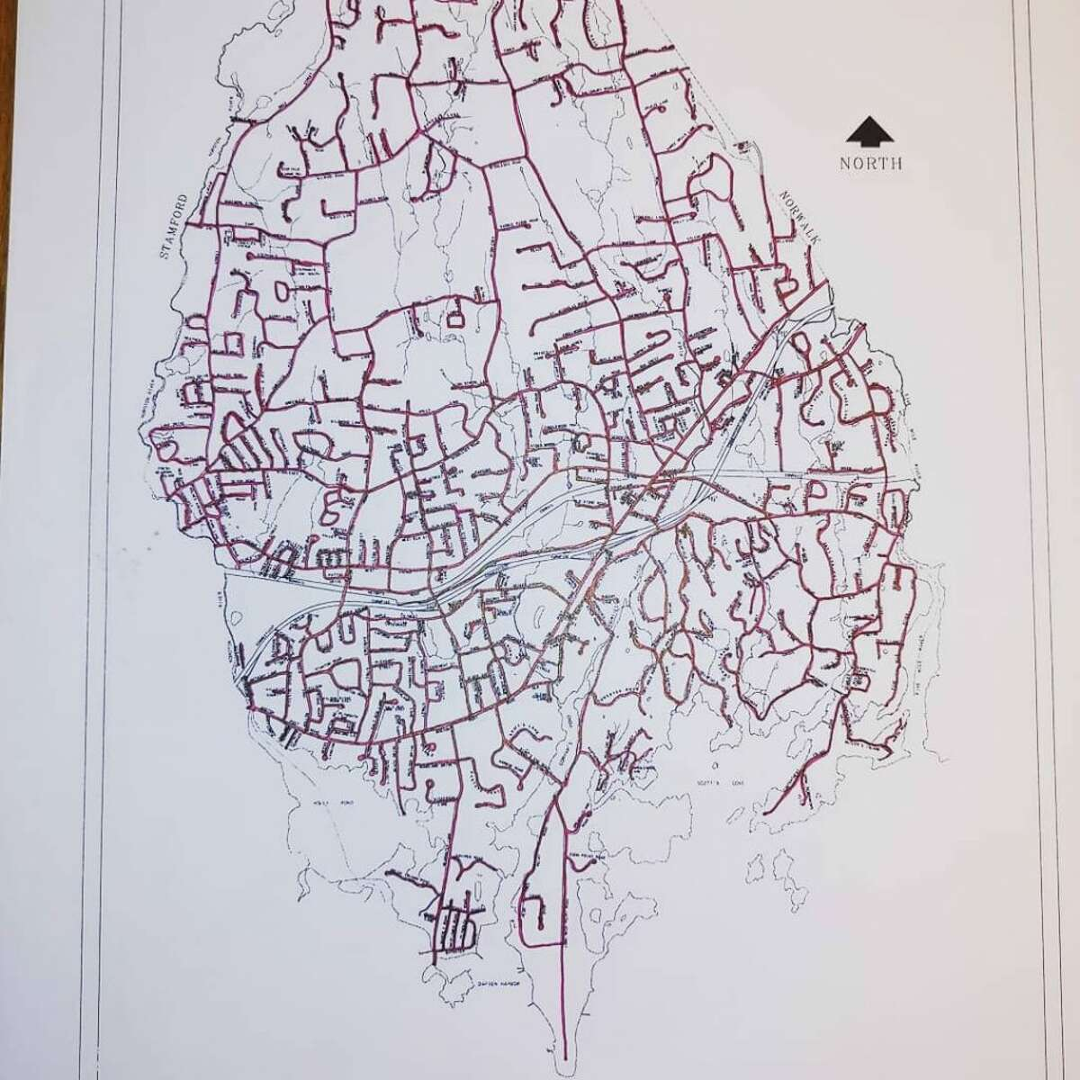 A map of all the streets in town that Darien resident Bill Ozanne has run.