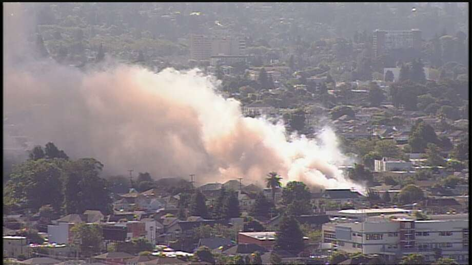 Firefighters respond to a fire in the 1000 Block 47th Street of Emeryville. June 26, 2019 Photo: KTVU