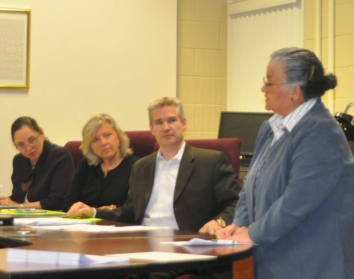 Ridgefield resident Cocco Barron addresses the Planning and Zoning Commission at Tuesday night's Town Plan hearing.