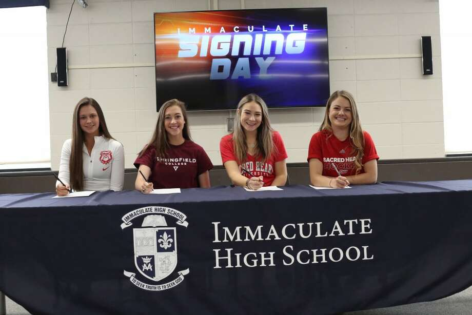 From left to right: Ridgefield residents Sophia Pilla, Maura Murphy, Anna Richards and Natalie Kennedy.