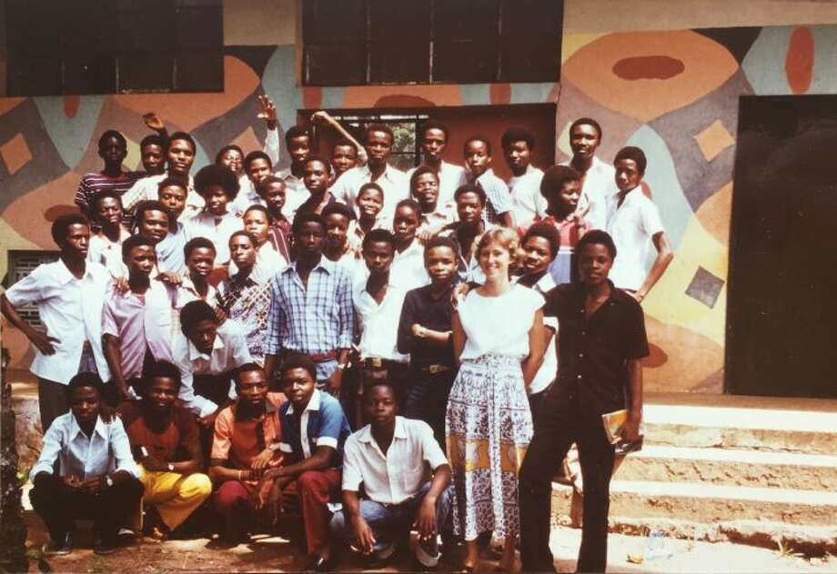 Margaret LeMaire with a group of students in Zaire (present day Congo) in 1983.