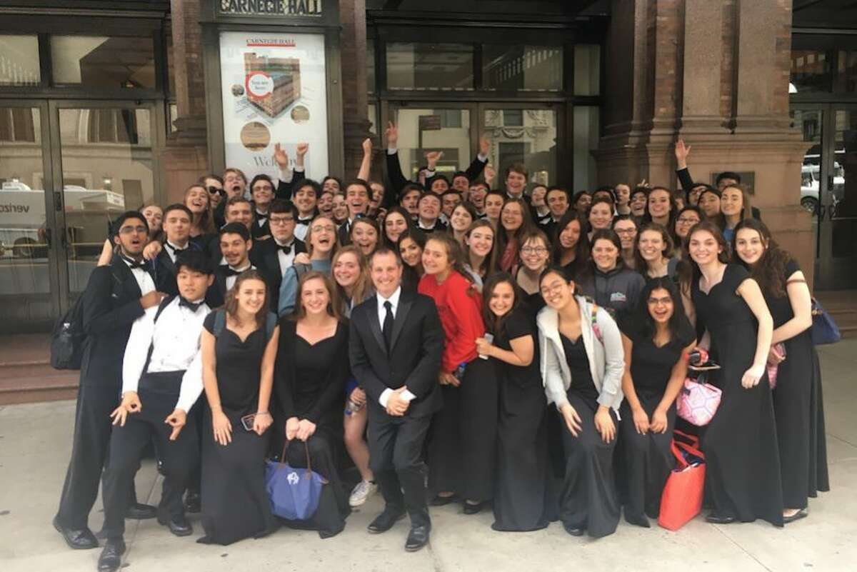 All dressed up - Wilton High School students perform at Carnegie Hall