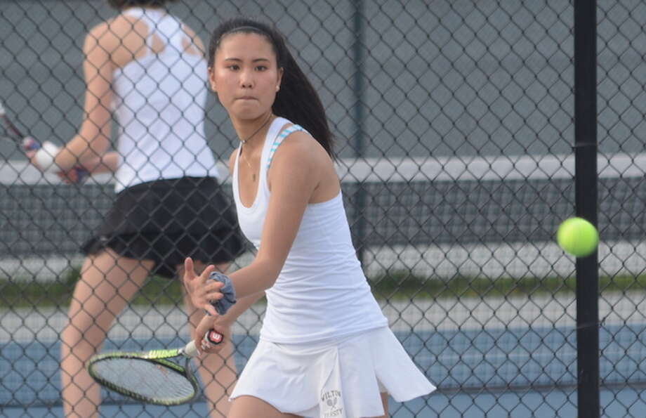 Arden Lee and the Wilton High girls tennis team will play Darien in the FCIAC semifinals Thursday. — Andy Hutchison photo