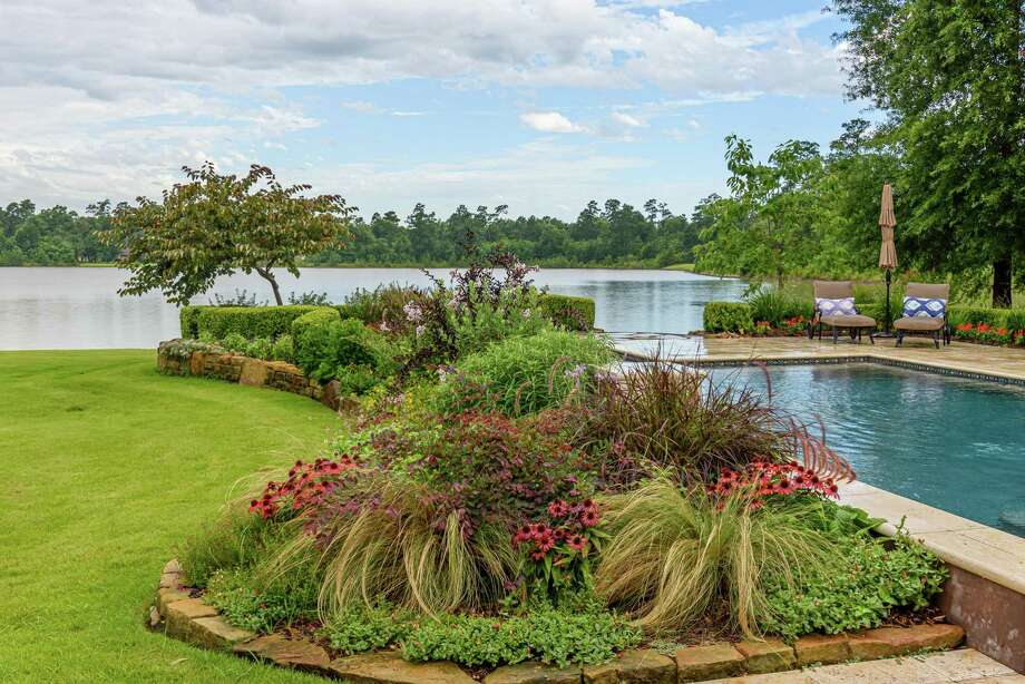 An example of Chris Day's landscape design. Photo: Photo By Joan Tilton / © Joan Tilton