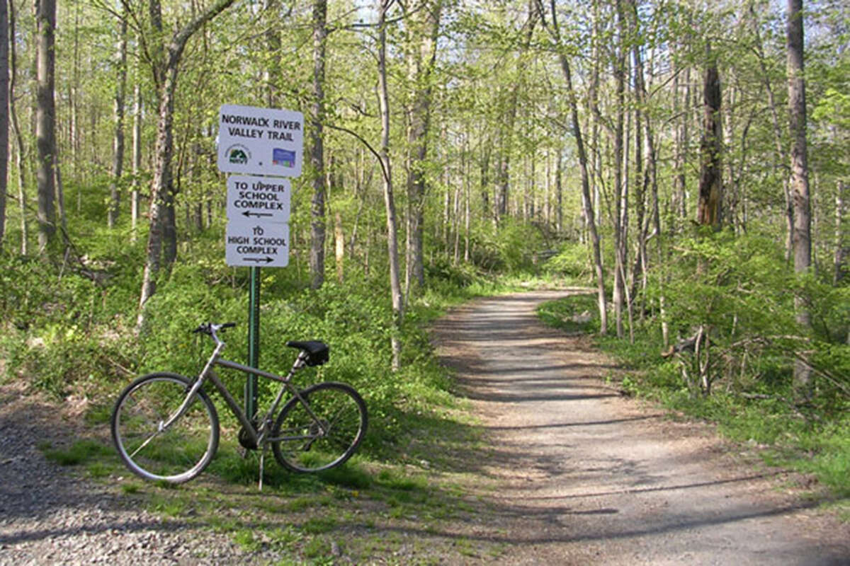 The Norwalk River Valley Trail near Merwin Meadows. (NRVT-Trail.com photo)