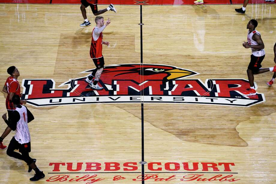 Lamar basketball players run across mid-court during practice on Thursday.  Photo taken Thursday 8/10/17 Ryan Pelham/The Enterprise Photo: Ryan Pelham / Ryan Pelham/The Enterprise / ©2017 The Beaumont Enterprise/Ryan Pelham