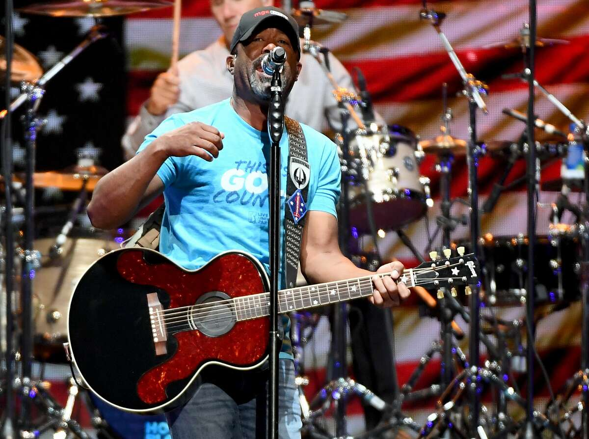 On Sunday, Hootie & the Blowfish brings its Group Therapy Tour, along with the Barenaked Ladies, to SPAC.