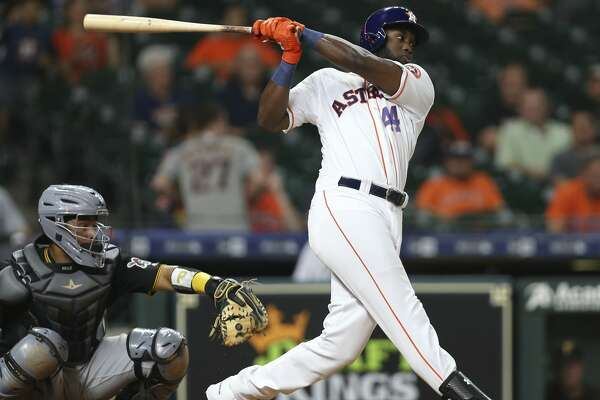 3a0009d61 Astros' Yordan Alvarez leaves game with 'knee discomfort ...