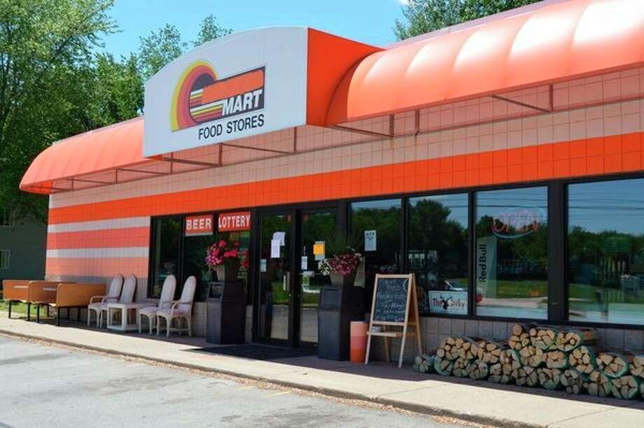 Waldo Market is located at 2713 Waldo Ave. in Midland. (Ashley Schafer/ashley.schafer@hearstnp.com)