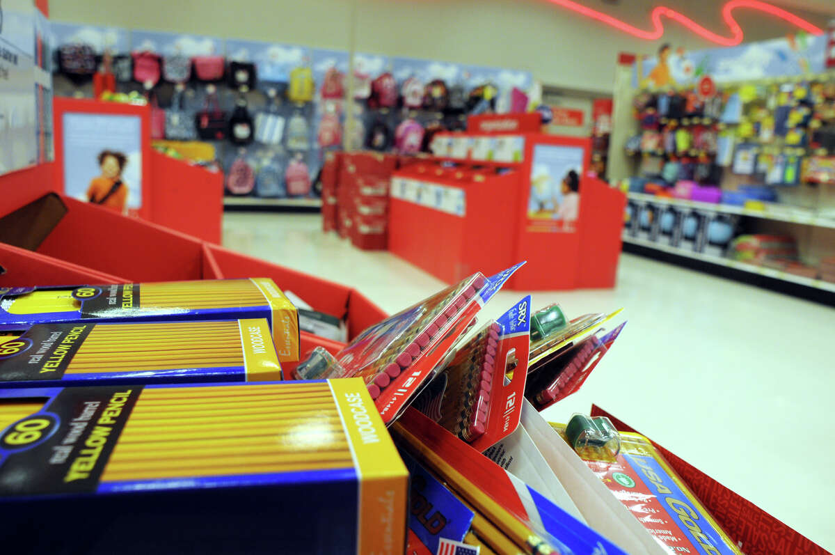 PHOTOS: Best places to teach in the Houston areaHouston area teachers can receive a 15 percent discount on select classroom supplies and women's and men's clothing and shoes as part of Target's Teacher Prep Event July 13-20.>>>See more for the top school districts for Houston area teachers in 2019, according to Niche...