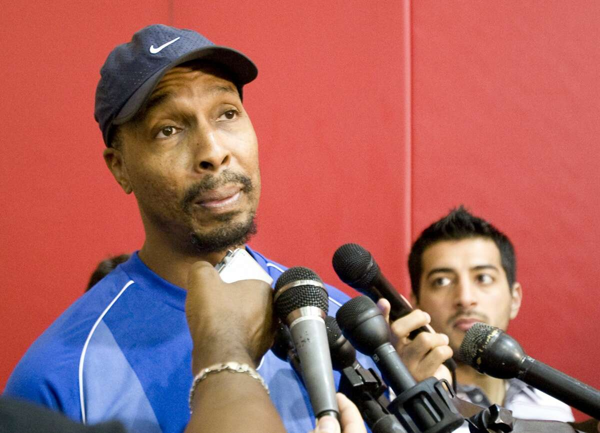 PHOTOS:NBA's best free agents in 2019 offseason Houston Rockets summer league coach Elston Turner speaks with the media during practice Thursday, July 10, 2008 at the Toyota Center in Houston. >>>Best players who can become free agents in the 2019 NBA offseason ...