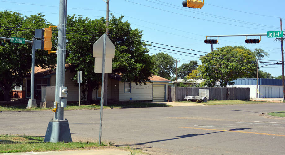 The Plainview City Council is hoping for a grant to fund enhancements at the intersection of Joliet and 24th Streets. Photo: Nathan Giese/Planview Herald