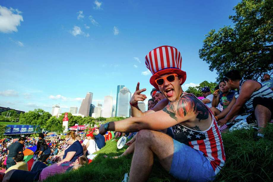Freedom Over Texas Photo: Juan DeLeon, FRE / For The Chronicle / Houston Chronicle
