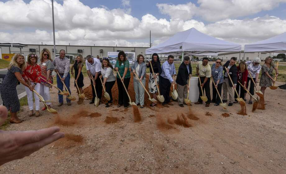 The West Texas Food Bank broke ground on the XTO Energy Educational Gardens on Thursday, June 27, 2019 at the West Texas Food Bank Volunteer and Education Center.  Jacy Lewis/Reporter-Telegram Photo: Jacy Lewis/191 News