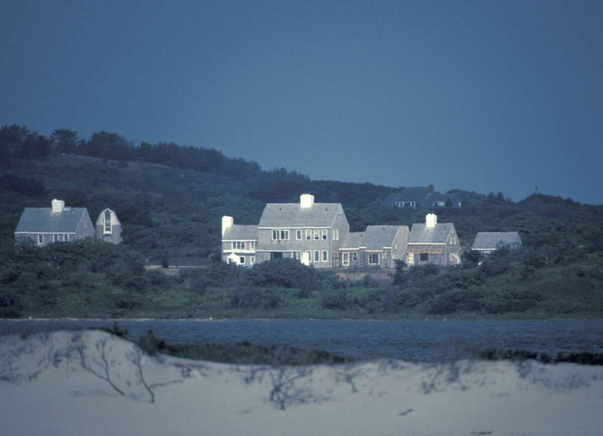Jackie Onassis' New Home On Martha's Vineyard (Photo by Ron Galella/Ron Galella Collection via Getty Images)