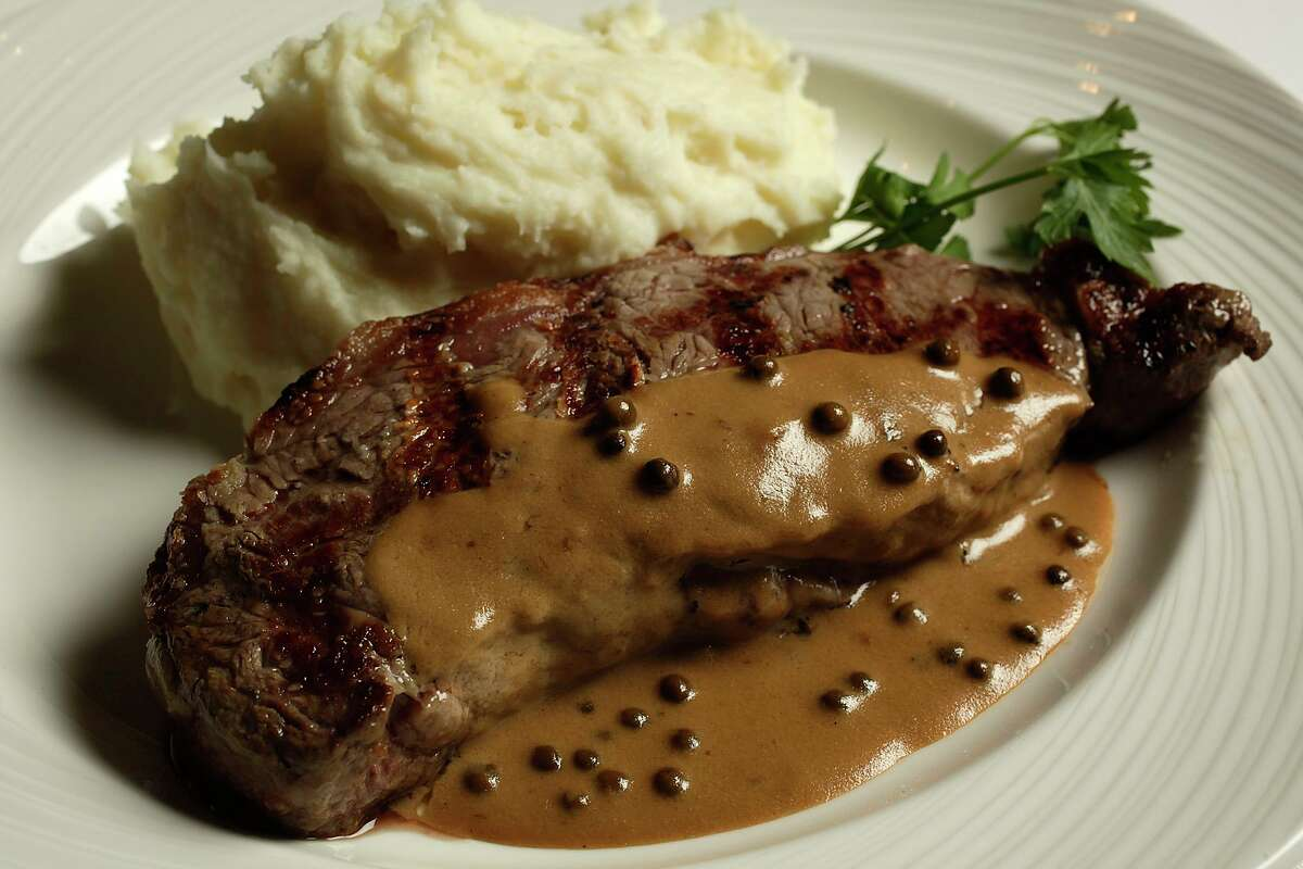 Steak au poivre from the lunch menu at The Palm Restaurant in 2011.