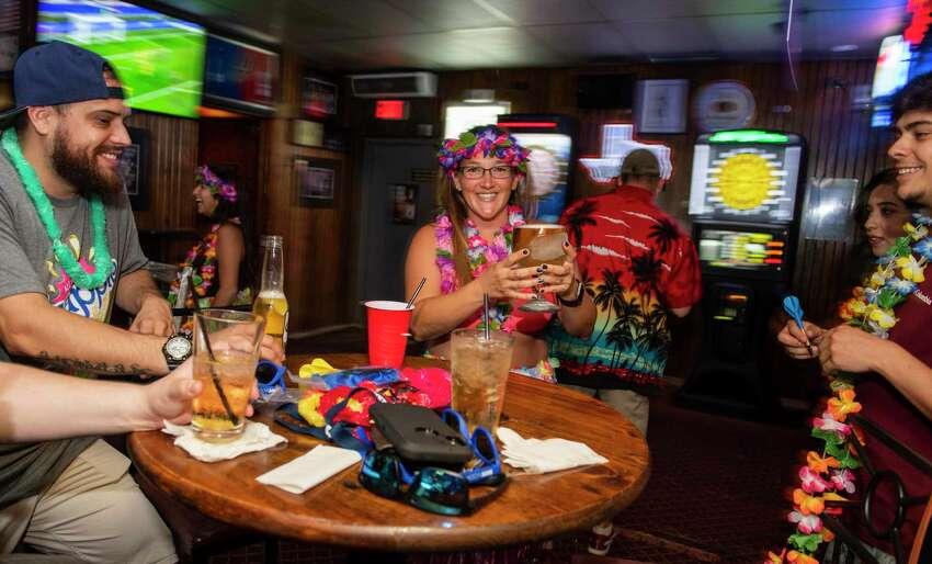 Best Place For a Cold BeerSchooners Sports Bar 1325 N.E. Loop 410 Runners-Up: M.K. Davis Restaurant The Lion & Rose British Restaurant & Pub