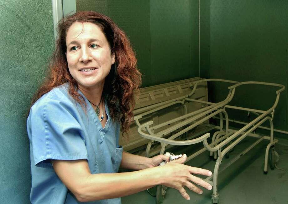 Dra. Corinne Stern, Médico Forense del Condado de Webb. Photo: Ricardo Santos, MBO / AP / Laredo Morning Times