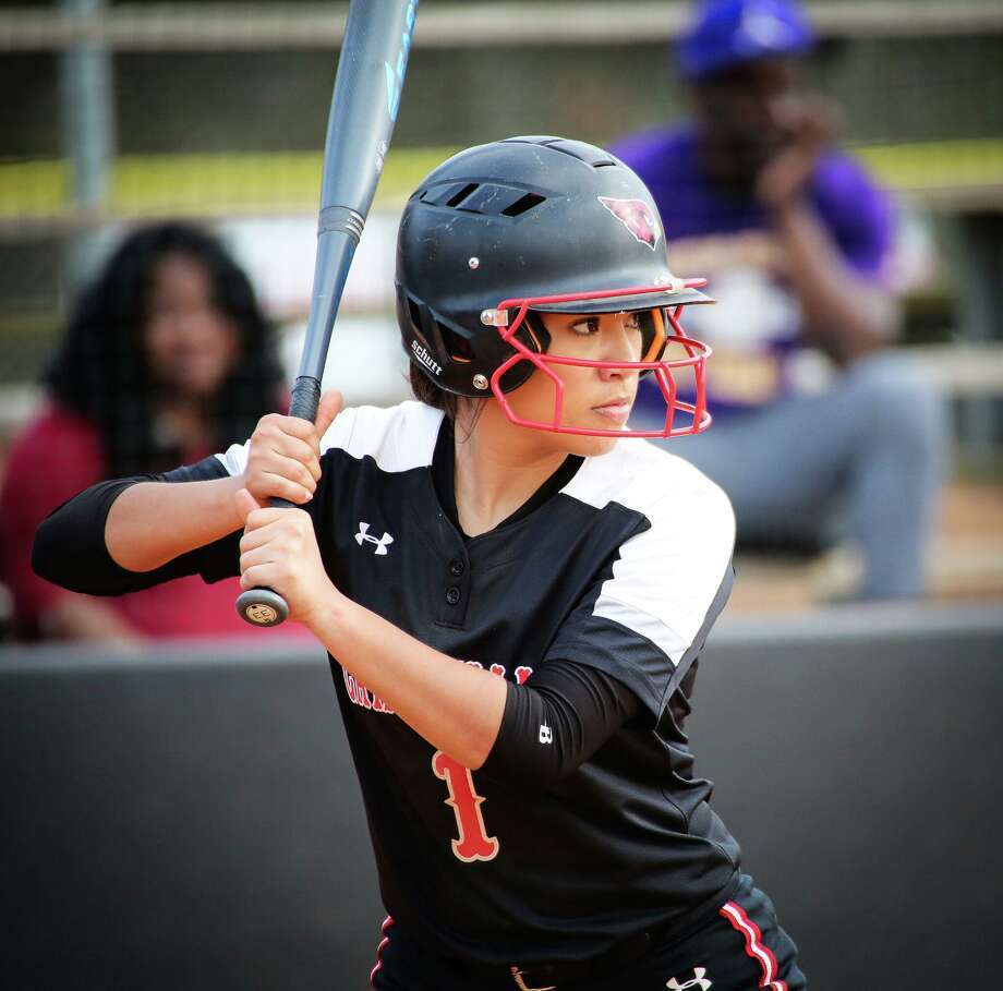 Former United product Roxy Segura batted .208 while recording 26 runs, 21 hits, six doubles and 11 RBIs to conclude her junior college career this past season. Photo: Photo Courtesy Of Travis Tapley / Trinity Valley Community College