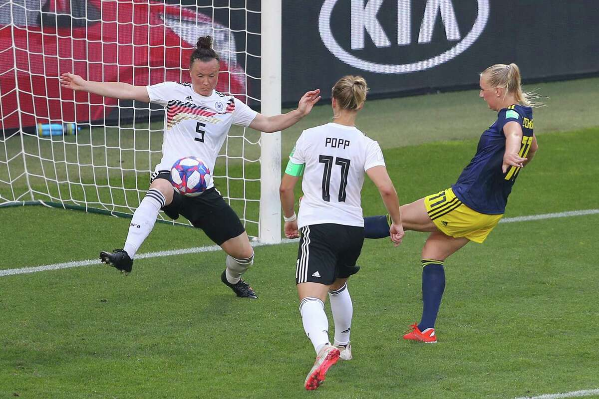 RENNES, FRANCE - JUNE 29: Stina Blackstenius of Sweden (11) scores her team's second goal during the 2019 FIFA Women's World Cup France Quarter Final match between Germany and Sweden at Roazhon Park on June 29, 2019 in Rennes, France. (Photo by Richard Heathcote/Getty Images)