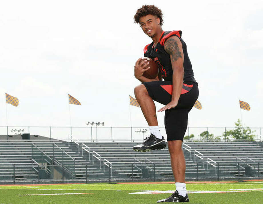 Edwardsville's Kendall Abdur-Rahman, @kendall4heisman on Twitter, is the 2018 Telegraph Large-Schools Football Player of the Year. After two seasons as Tigers quarterback, Abdur-Rahman moves to wide receiver at Notre Dame. Photo: Billy Hurst / For The Telegraph