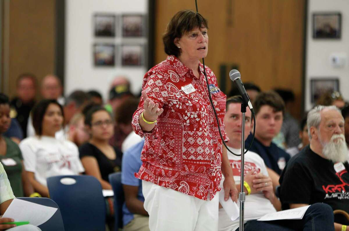 Former Houston city councilwoman Sue Lovell,s hown here in August 2015, entered the mayoral race on July 1, a day after the campaign finance reporting deadline.( Karen Warren / Houston Chronicle )