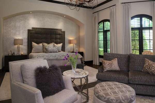 One Room Makeover Designer Turns Sad Bedroom Into Owner S New