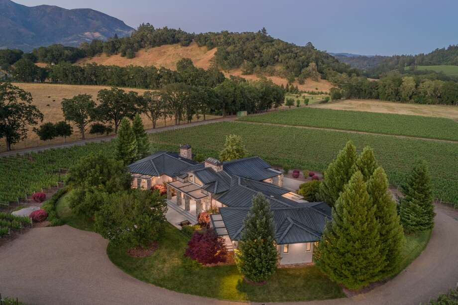 Hall of Famer and AFL founder Lamar Hunt's custom vineyard estate yours for $20M Photo: PR Photography