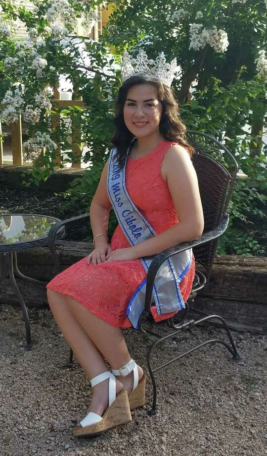 Clemens senior Samantha Uvalle will ride in the Schertz 4th of July Jubilee parade on Thursday as Miss Cibolo. Photo: Jennifer Schultes /Contributor