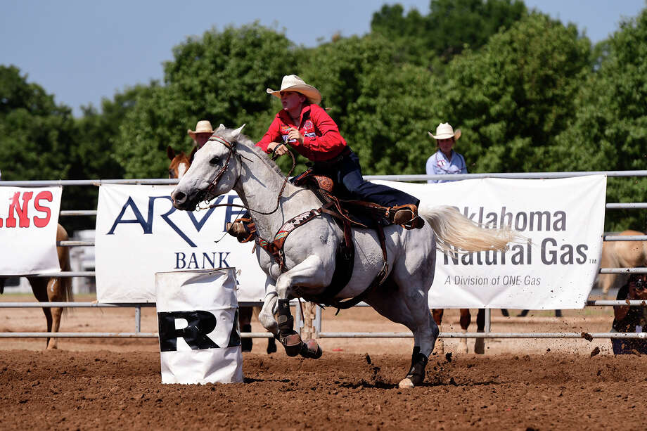 Garden City's Jordan Driver competes in the cowgirls barrel racing competition at at the 2018 IFYR. Photo: IFYR/RodeoBum.com / RODEOBUM.COM