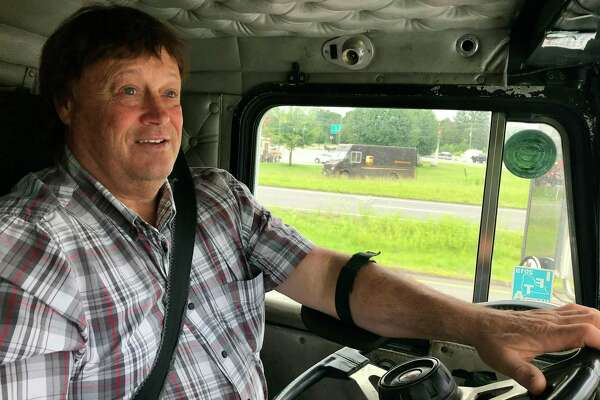 Federal DOT moves to ease truckers' drive-time rules