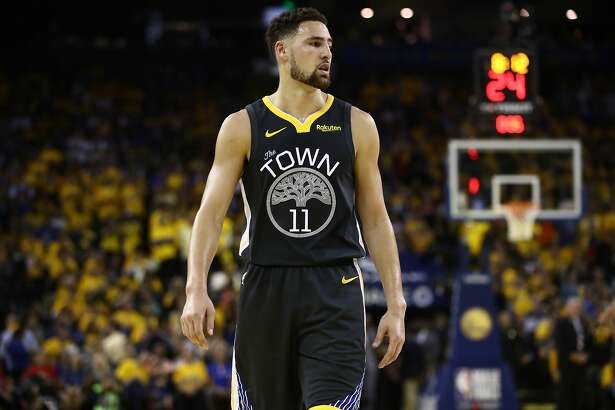 OAKLAND, CALIFORNIA - JUNE 13: Klay Thompson #11 of the Golden State Warriors reacts in the first half against the Toronto Raptors during Game Six of the 2019 NBA Finals at ORACLE Arena on June 13, 2019 in Oakland, California. NOTE TO USER: User expressly acknowledges and agrees that, by downloading and or using this photograph, User is consenting to the terms and conditions of the Getty Images License Agreement. (Photo by Ezra Shaw/Getty Images)