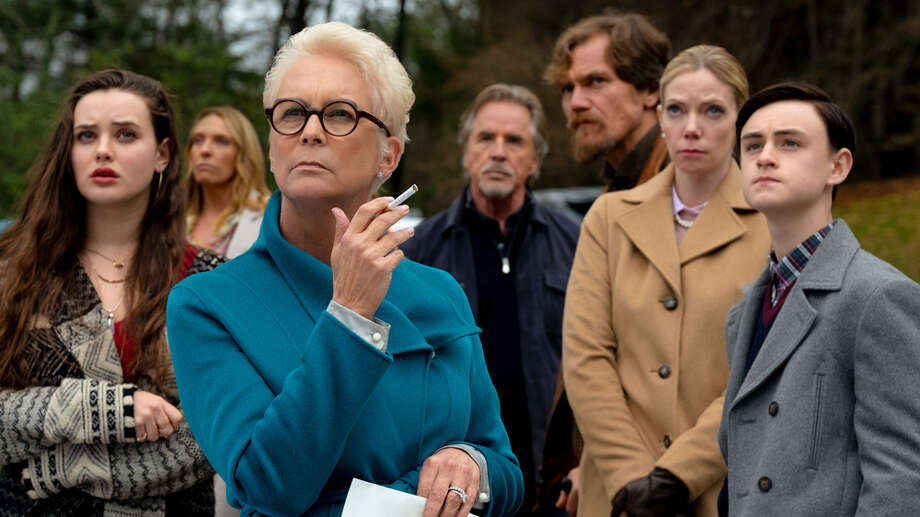 """Director: Rian JohnsonWith: <div class=""""page"""" title=""""Page 3""""> <div class=""""layoutArea""""> <div class=""""column"""">  Daniel Craig, Chris Evans, Ana de Armas, Jamie Lee Curtis, Michael Shannon, Don Johnson, Toni Collette, LaKeith Stanfield  </div> </div> </div>Running time: Running time: 130 MIN.Official site: https://www.knivesout.movie/ Photo: Lionsgate"""