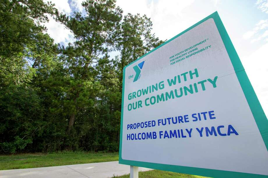 Signage for the proposed site of the Holcomb Family YMCA is seen Tuesday, July 2, 2019 on Imperial Promenade Drive in Spring. Photo: Cody Bahn, Houston Chronicle / Staff Photographer / © 2019 Houston Chronicle