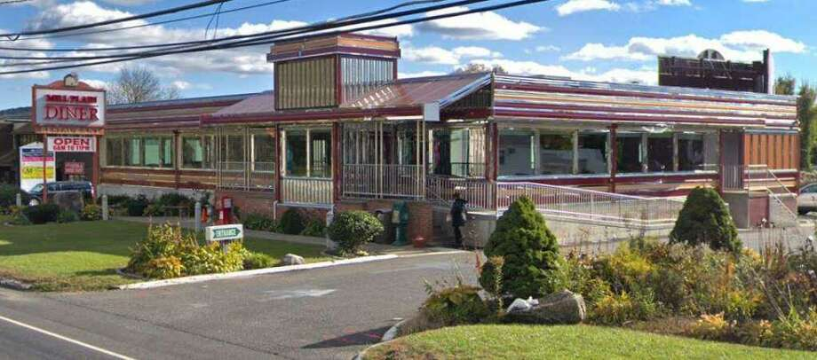 Mill Plain Diner failed its Danbury Health Department inspection on June 17, 2019. Photo: Google Maps