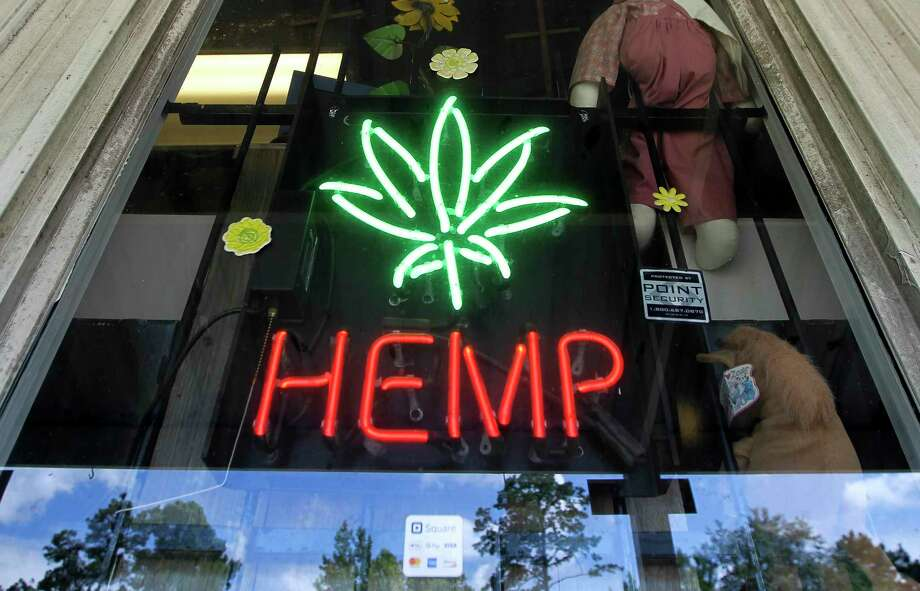 House Bill 1325, which legalizes industrial hemp and products derived from the plant, has created a grey area for law enforcement and prosecutors in Texas. Photo: Jason Fochtman, Houston Chronicle / Staff Photographer / Houston Chronicle